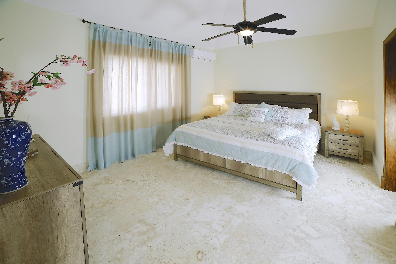 Villa Olivo 9 in Punta Cana Village (O9-PC)