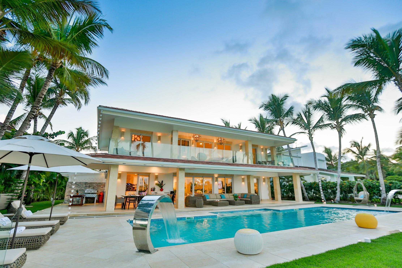 Fabulous villa in Punta Cana Tortuga Bay (ТB30-PC)