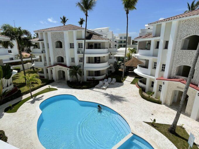apartment with mezzanine near the beach