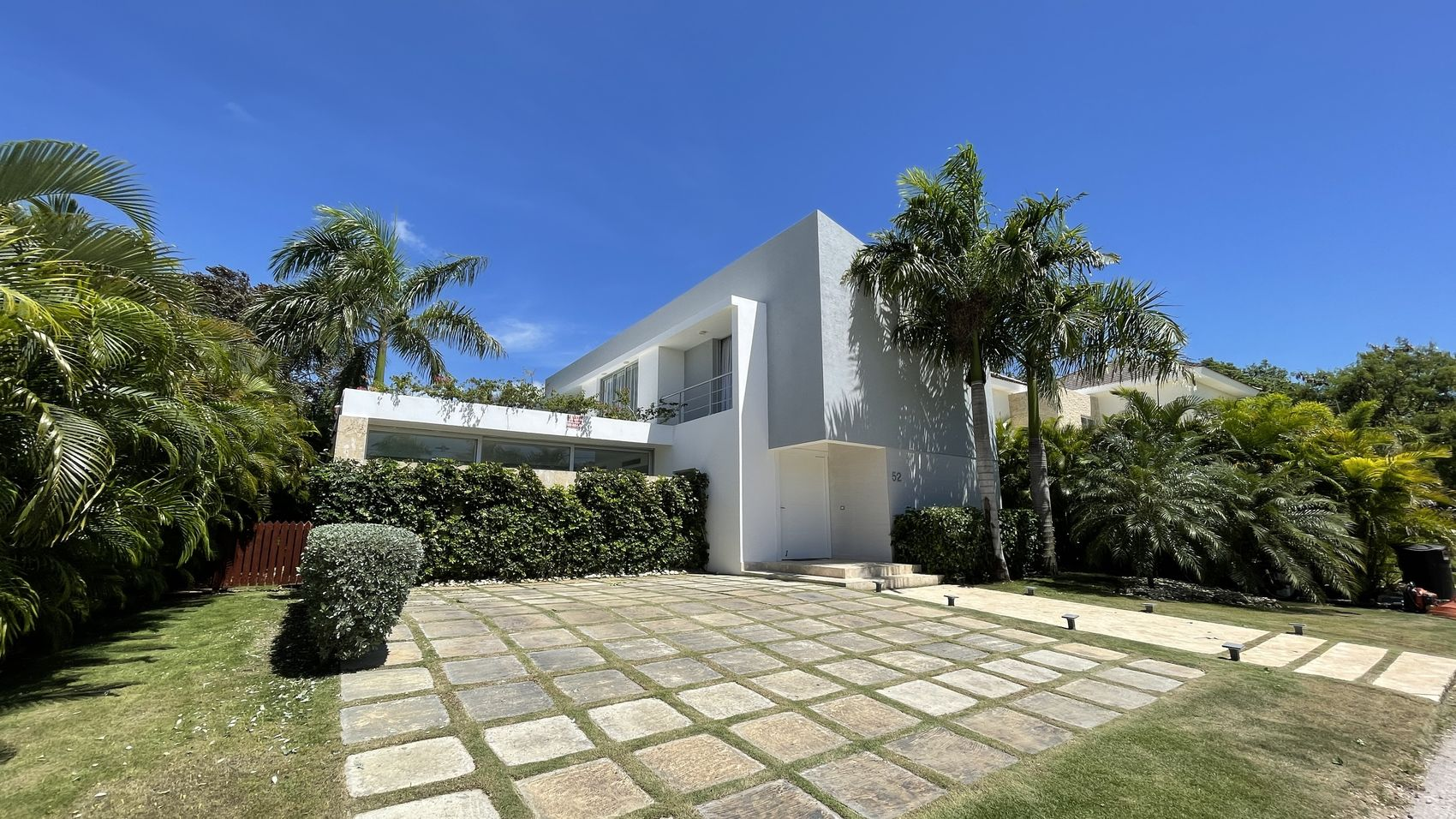 Stylish villa in Punta Cana (G52-PCV)